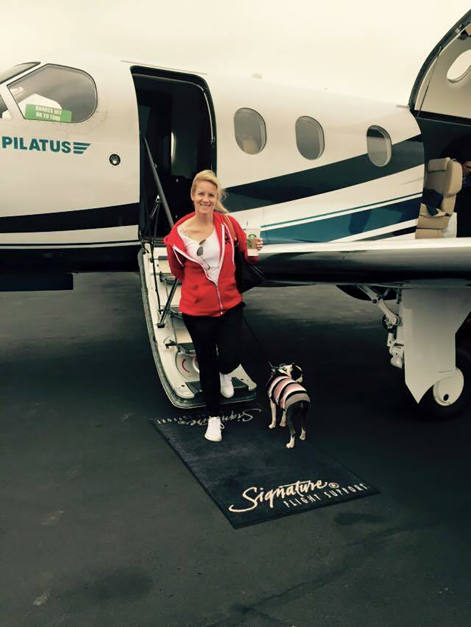 Is this traveling in style or what? Snort customer and party guest, Carrie, chartered a private plane from Las Vegas to party it up Snort style! She also made sure to sport her Snort Monster hoodie to stay warm on the trip. (You can still snag your own hoodie in the Snort Shop.) Photo credit: The Moncilovic Family.
