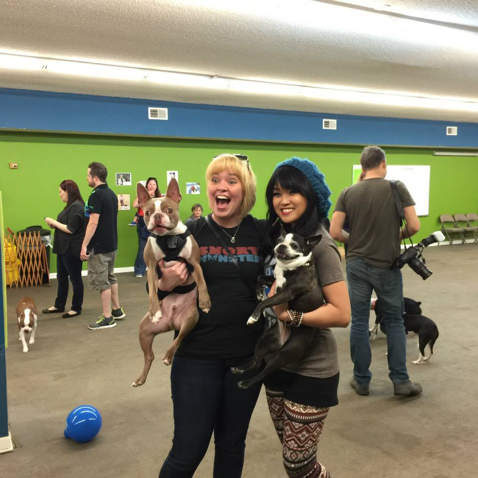What a blast it was to FINALLY meet our long time Instagram friend, incredible Snort supporter, and all around fun and super sweet party girl, Cristey! She brought two friends and her Snort Monster, Logan the Pug!