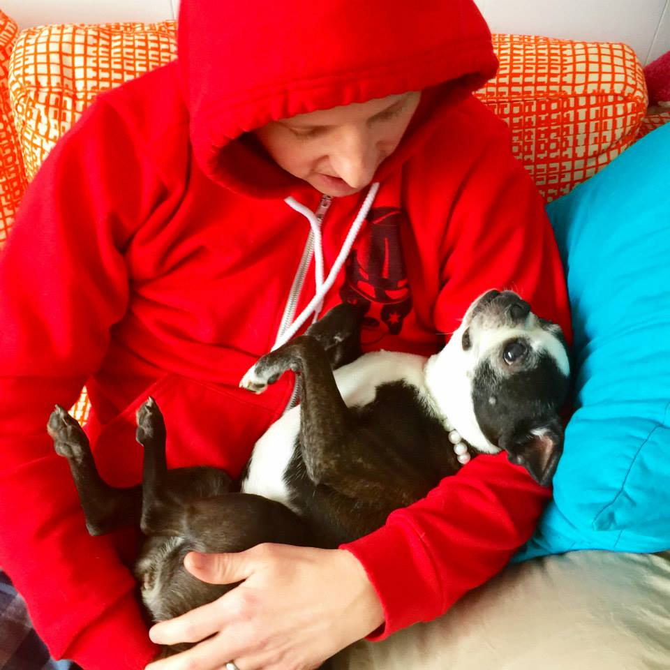 Whoohoo! Home at last! We relaxed after the long drive by chillaxin' on the couch, sporting our Snort Monster hoodies, of course. Angel was pretty cool with this arrangement.