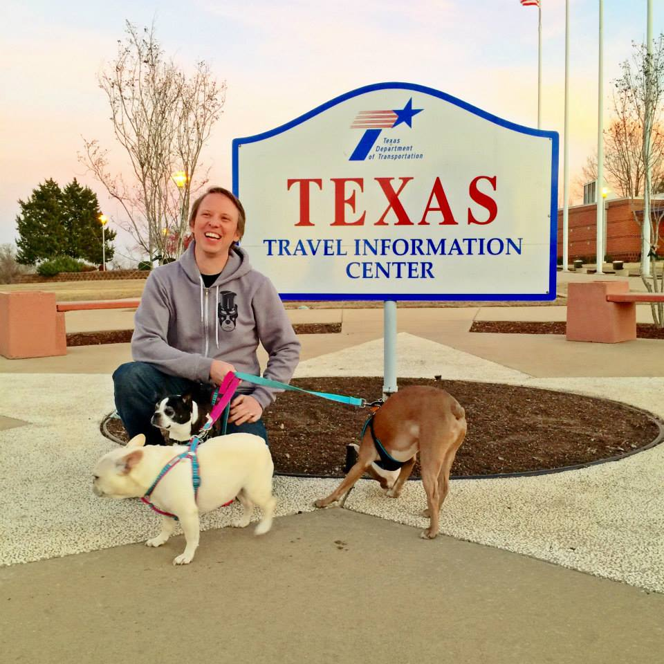 We made it to Texas! The Snort Pack was more preoccupied with experiencing all the new smells.